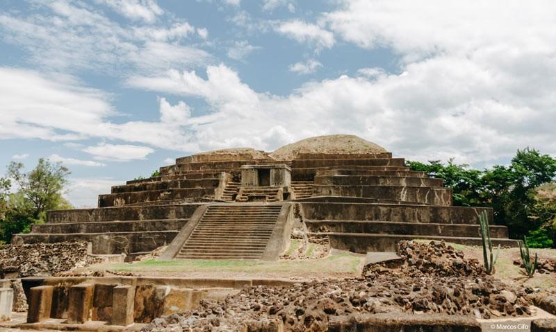 Tazumal El Salvador Centroamérica piramide © Marcos Cifo - Centroamérica,  un lugar para sentirse vivo