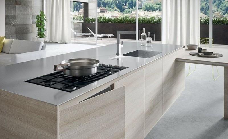 isla cocina sarten fregadero - 7 problemas de limpieza que puedes solucionar con sal