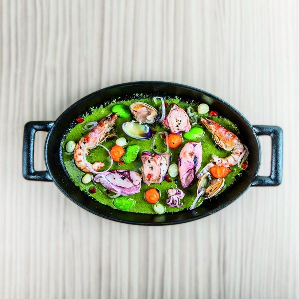 plato Ceviche caliente de marisco © Tampu - Multipropuestas Más Viajes 67