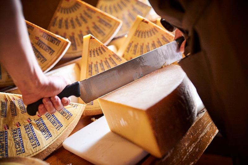 Queso suizo Le Gruyère AOP - Suiza, campeona mundial del queso