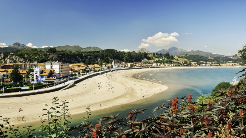 Asturias España playa desde guia Camilo Alonso - Ribadesella con los cinco sentidos