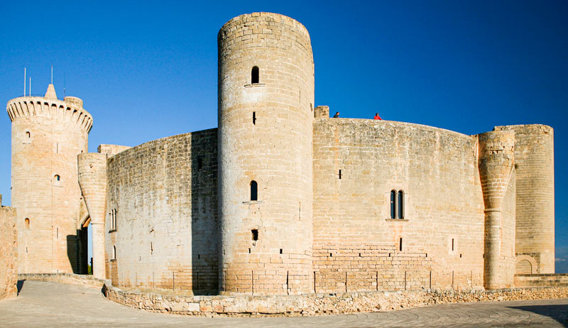 Castillo Bellver Palma de Mallorca Islas Baleares © VisitPalma - 5 curiosidades del Castillo de Bellver de Palma que lo hacen único en el mundo
