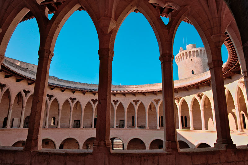 Castillo de Bellver Palma de Mallorca Islas Baleares © C.JuliodeCastroSanchez - 5 curiosidades del Castillo de Bellver de Palma que lo hacen único en el mundo