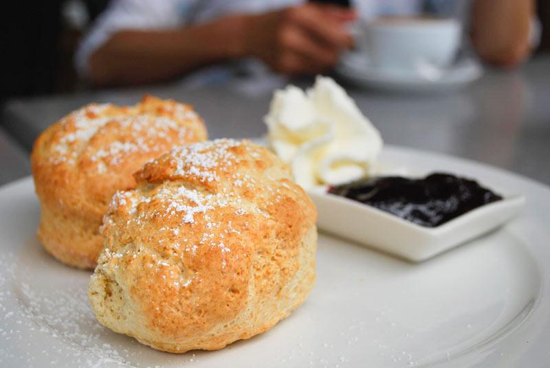 Receta scones Irlanda - Receta de 'scones' los panecillos del desayuno irlandés