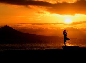 Yoga Las Canteras Las Palmas de Gran Canaria Islas Canarias 300x220 - Revista Más Viajes