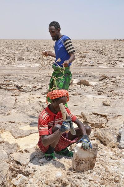 hombre mujer danakil etiopia © Annerose Mehnert - Depresión del Danakil Etiopía